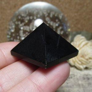 """1"""" Black tourmaline Pyramid (#3)"""